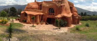 Домики из глины