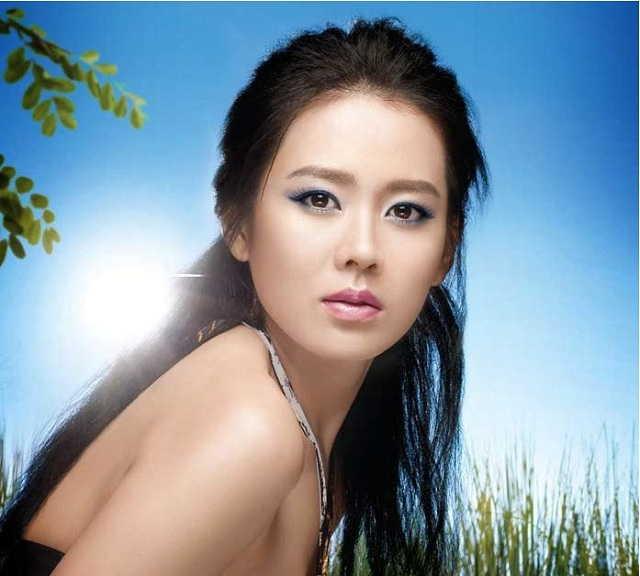 модель из кореи