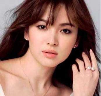 Красивая корейская модель
